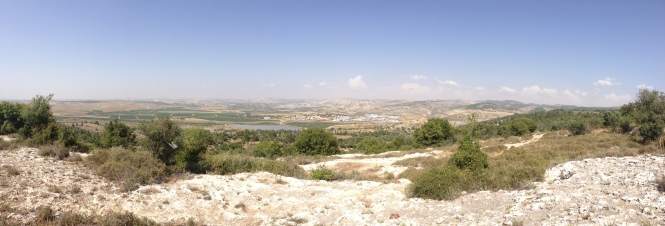 Panoramic capturing the 'lowlands' from the Mediterranean to the hill country in the East towards the Jordan River.